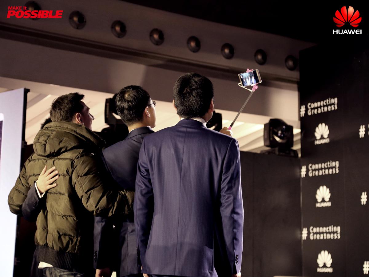 selfie lionel messi Huawei