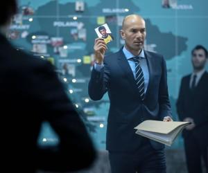 Pour l'EURO 2016, Orange s'offre Zidane, la Tour Eiffel et place le Fan au coeur de ses activations
