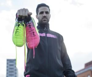 Griezmann, Giroud, Fabregas, Verratti… Puma dévoile des chaussures bicolores rose et jaune pour l'EURO 2016