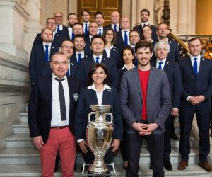 Smuggler, habilleur officiel de Paris, ville hôte lors de l'Euro 2016