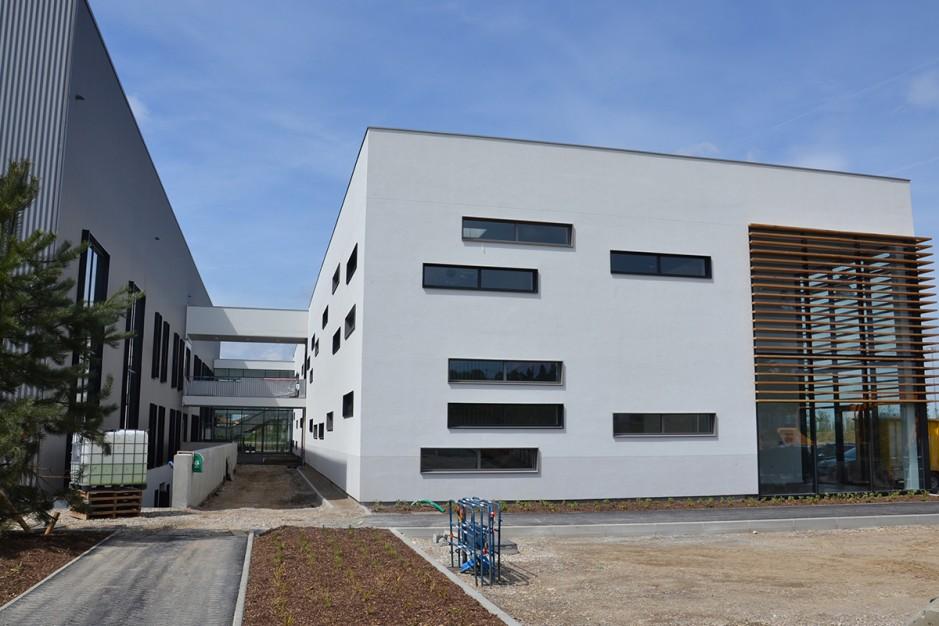 groupama training camp centre entrainement olympique lyonnais