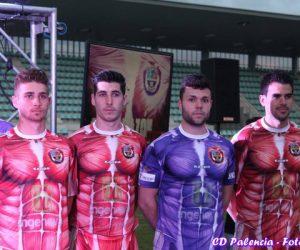 Kappa fait le buzz avec un maillot «musclé» pour un club de D3 espagnol (Club Deportivo Palencia)