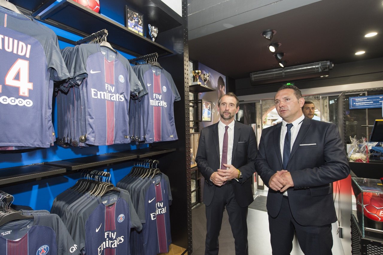 PSG bercy boutique officielle (1280x852)