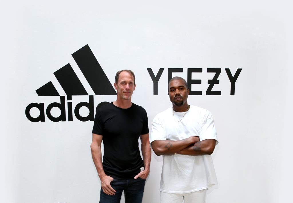 ca06f6ab8e39d adidas étend son partenariat avec Kanye West pour un contrat record ...