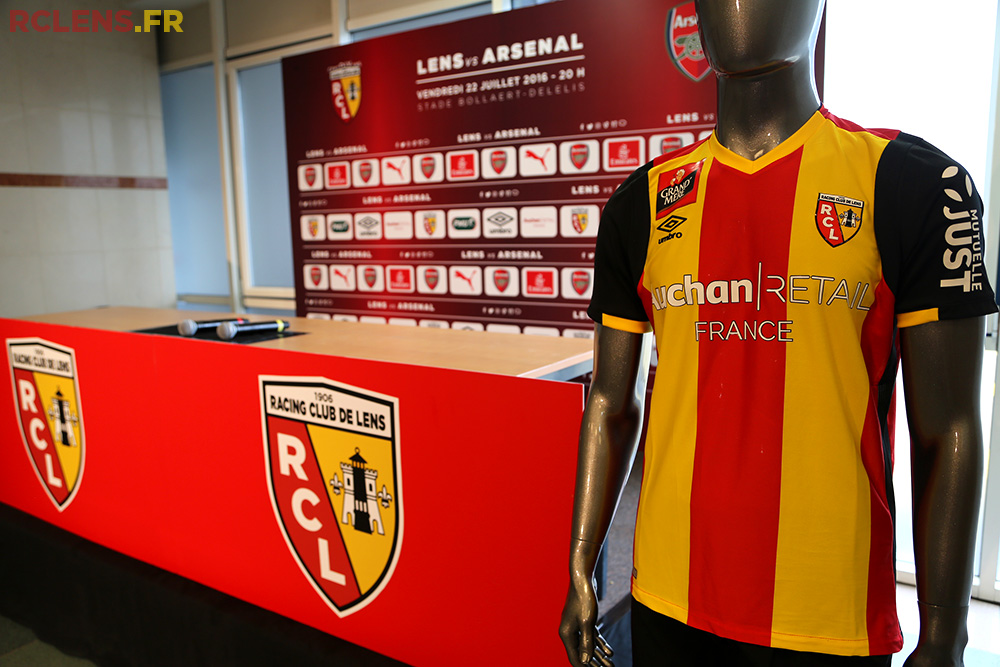 Auchan retail RC Lens sponsor maillot foot