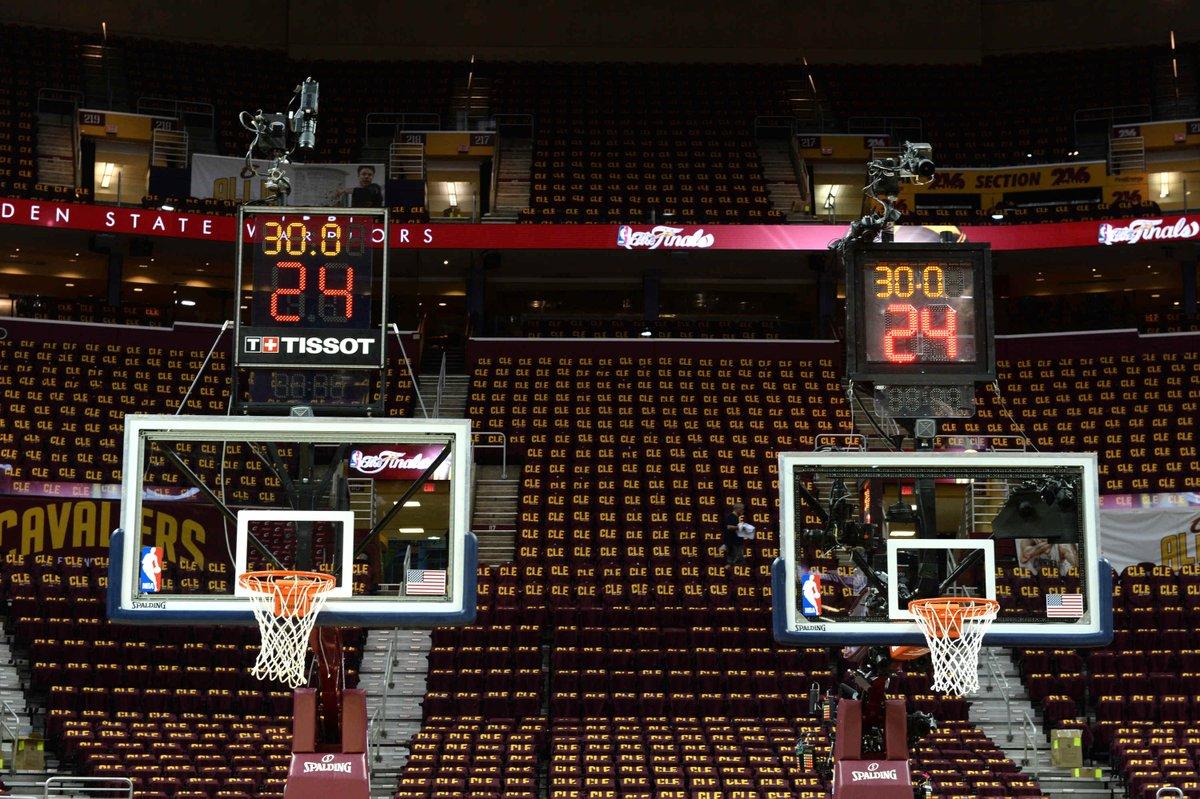 Nouvelle horloge NBA Tissot chronomètre 2016 basket panier