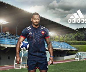 adidas célèbre le French Flair avec le nouveau maillot bleu marine du XV de France