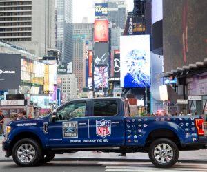 Ford célèbre son partenariat avec la NFL dans les rues de New York avec Uber