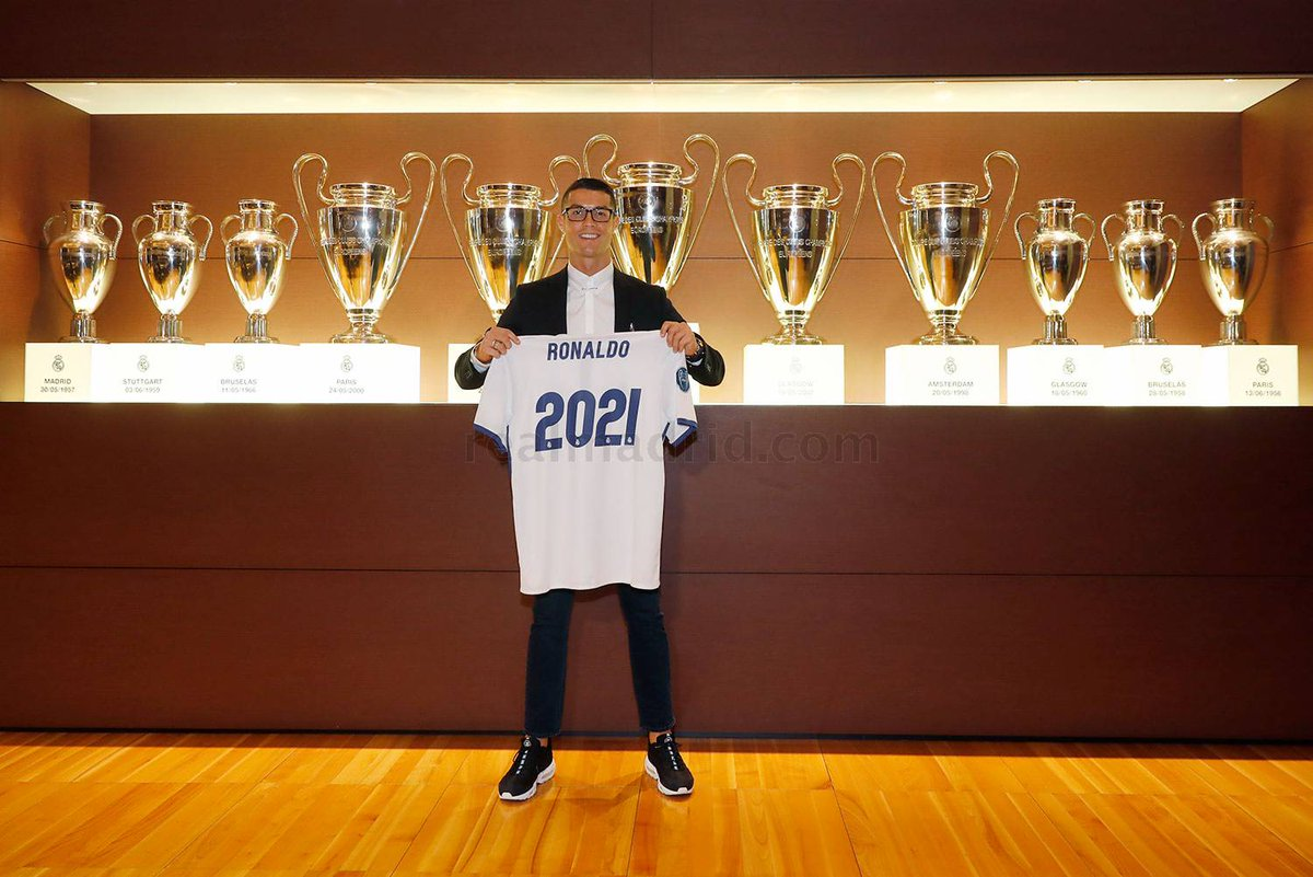 cristiano-ronaldo-real-madrid-2021-nouveau-contrat-salaire-football-business