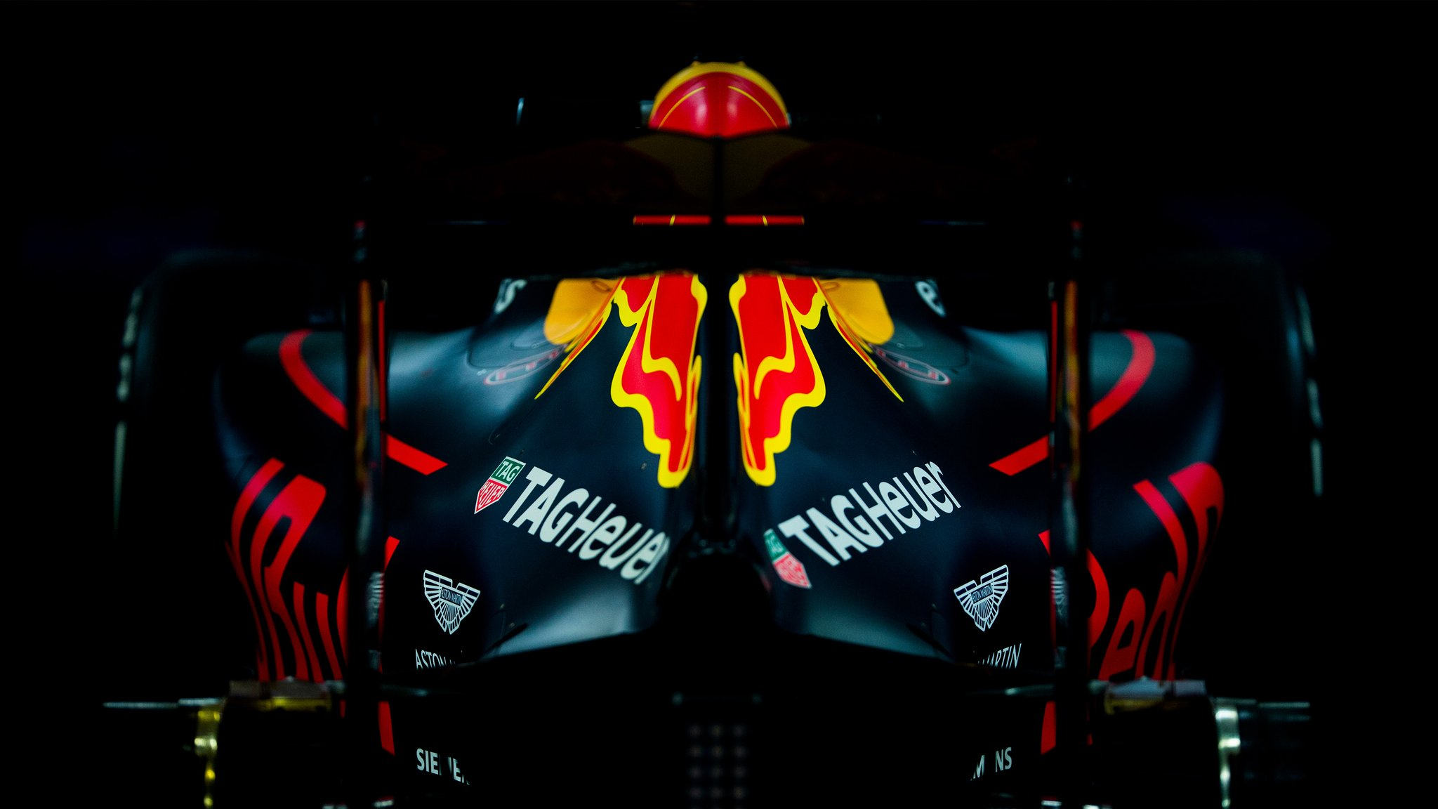 f1 red bull racing et tag heuer prolongent leur partenariat du naming moteur jusqu 39 en 2018. Black Bedroom Furniture Sets. Home Design Ideas