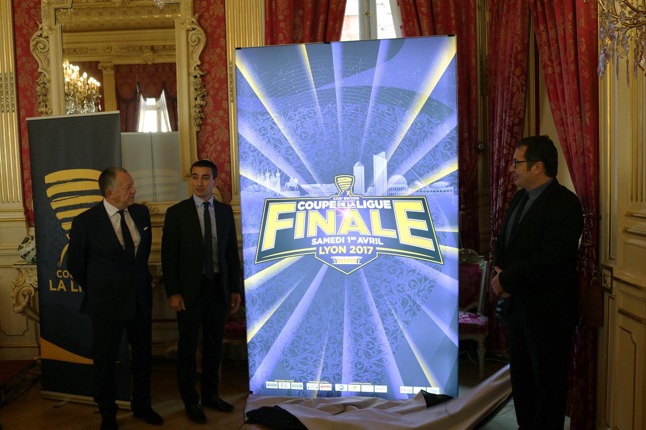 affiche-officielle-finale-coupe-de-la-ligue-2017-lyon-parc-ol