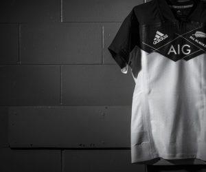Rugby – Un nouveau maillot alternatif blanc et noir pour les All Blacks (adidas)
