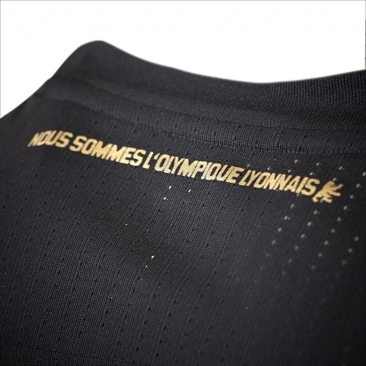 Adidas D 233 Voile Le Maillot Third De L Ol En Marge Du Choc