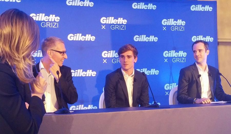 antoine griezmann de passage paris pour c l brer son partenariat avec gillette. Black Bedroom Furniture Sets. Home Design Ideas