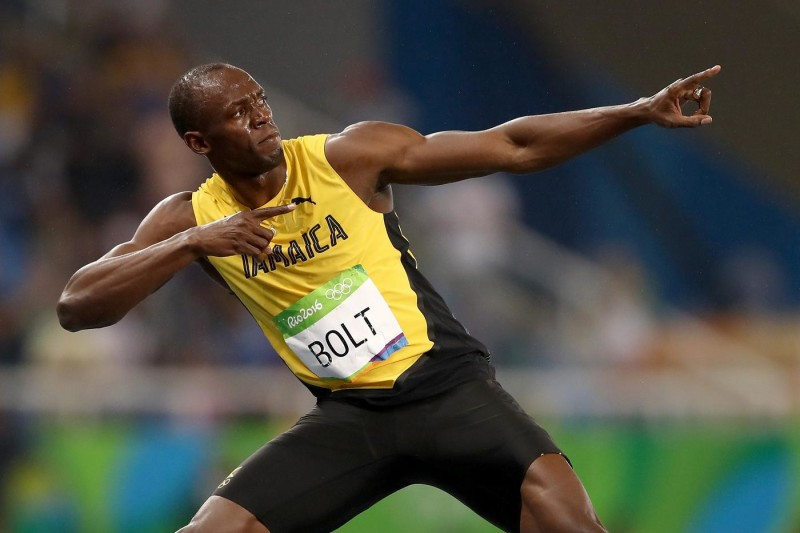 RIO DE JANEIRO, BRAZIL - AUGUST 18: Usain Bolt of Jamaica celebrates winning the Men's 200m Final on Day 13 of the Rio 2016 Olympic Games at the Olympic Stadium on August 18, 2016 in Rio de Janeiro, Brazil. (Photo by Cameron Spencer/Getty Images)