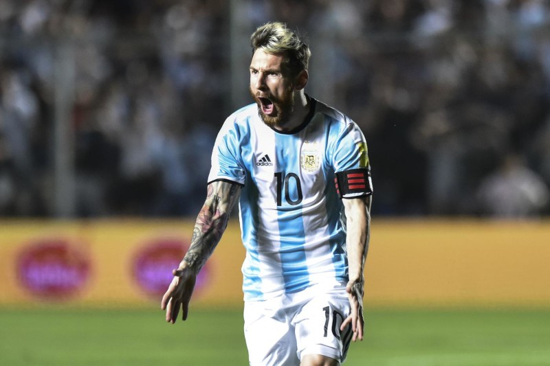 SAN JUAN, ARGENTINA - NOVEMBER 15: Lionel Messi of Argentina celebrates after scoring the first goal of his team during a match between Argentina and Colombia as part of FIFA 2018 World Cup Qualifiers at Bicentenario de San Juan Stadium on November 15, 2016 in San Juan, Argentina. (Photo by Amilcar Orfali/LatinContent/Getty Images)