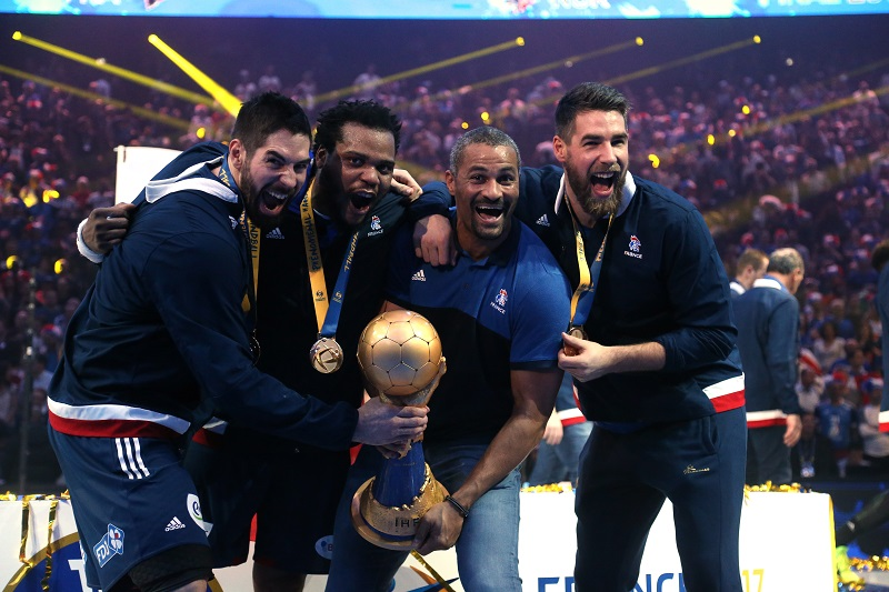 Handball 100 000 et un troph e 800 000 pour l 39 equipe - Coupe de monde de handball ...