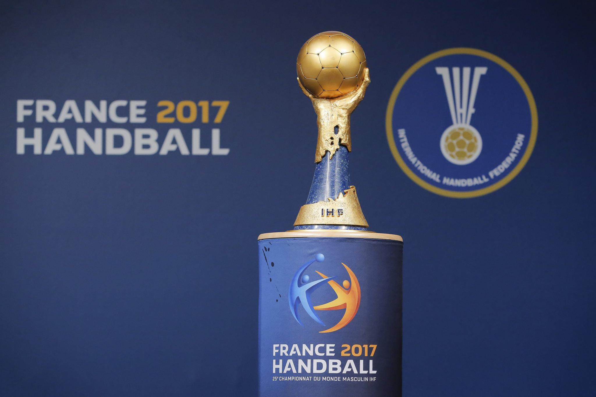 Un ch que de 100 000 dollars pour le vainqueur du championnat du monde de handball 2017 - Coupe du monde 2015 handball ...