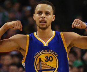 NBA – Stephen Curry aide une Fan à remporter 5000$ sur le parquet des Golden State Warriors