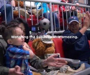 Hyundai offre une expérience à 360° à des soldats américains pendant le Super Bowl et le diffuse dans sa publicité