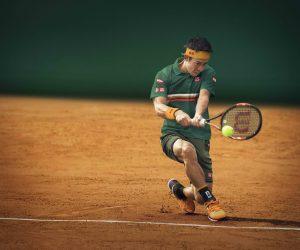Roland-Garros : La tenue Uniqlo de Kei Nishikori dessinée par le styliste Christophe Lemaire