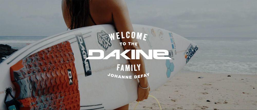 Surf johanne defay nouvelle ambassadrice de dakine for Interieur sport johanne defay