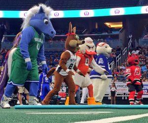 Les Mascottes du Sport US font le show aux «Mascot Games 2017»