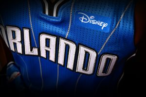 NBA – Disney sponsor maillot d'Orlando Magic