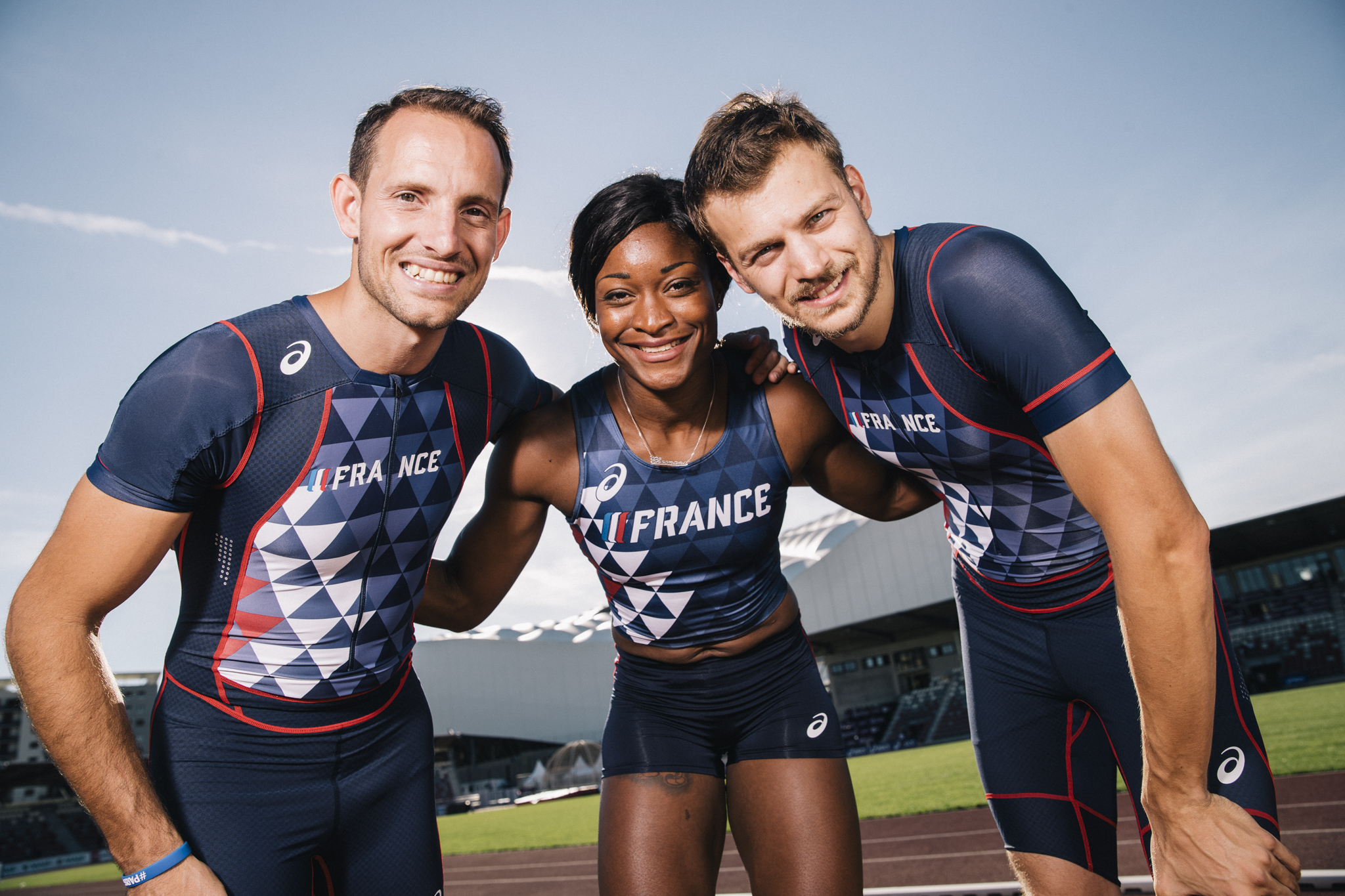survetement asics france athletisme