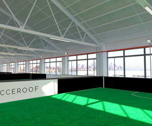 Le futur complexe de foot à 5 «Socceroof» installé à Brooklyn entre dans la dernière ligne droite