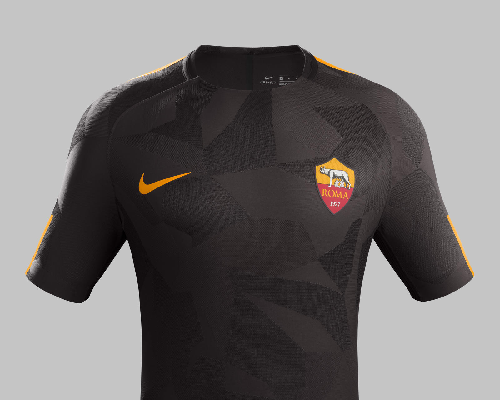 ensemble de foot ROMA de foot
