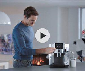 Roger Federer dans la dernière publicité des machines à café Jura