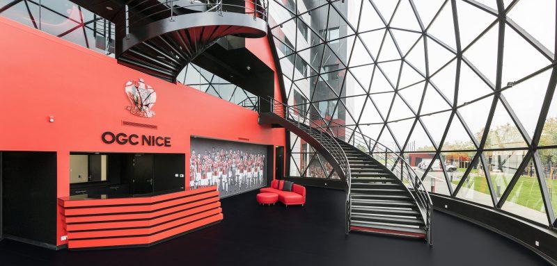 le nouveau centre d 39 entra nement et de formation de l 39 ogc nice se d voile. Black Bedroom Furniture Sets. Home Design Ideas