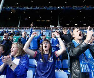 Lègére inflation du prix moyen d'un billet de match de Premier League cette saison (étude Ernst & Young)