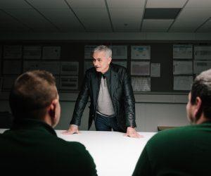 Jaguar met en scène José Mourinho aux côtés de ses salariés