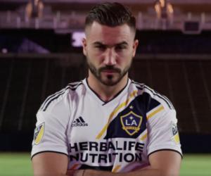 MLS – Romain Alessandrini dévoile le nouveau maillot du LA Galaxy