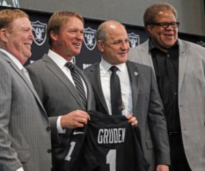 Money – Un contrat de 100 millions de dollars pour un coach de NFL
