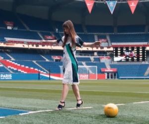 KOCHÉ met en scène sa nouvelle collection printemps-été 2018 PSG dans un Parc des Princes vide