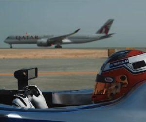 Activation – Deux avions Qatar Airways défient une Formula E sur la piste de l'aéroport de Doha