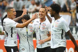 Activation – Le sponsor maillot des Corinthians «Omo Sports» s'affiche au contact de la sueur des joueurs