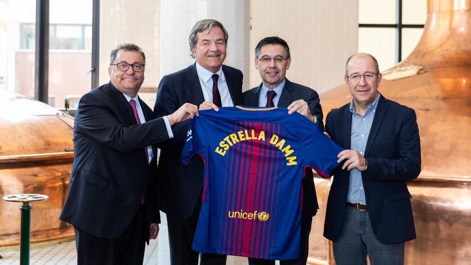 Estrella Damm reste bière officielle du FC Barcelone