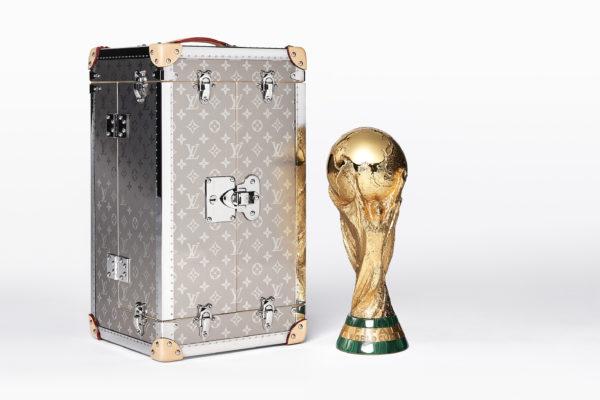 louis vuitton d voile sa collection sp ciale pour la coupe du monde 2018 en russie. Black Bedroom Furniture Sets. Home Design Ideas