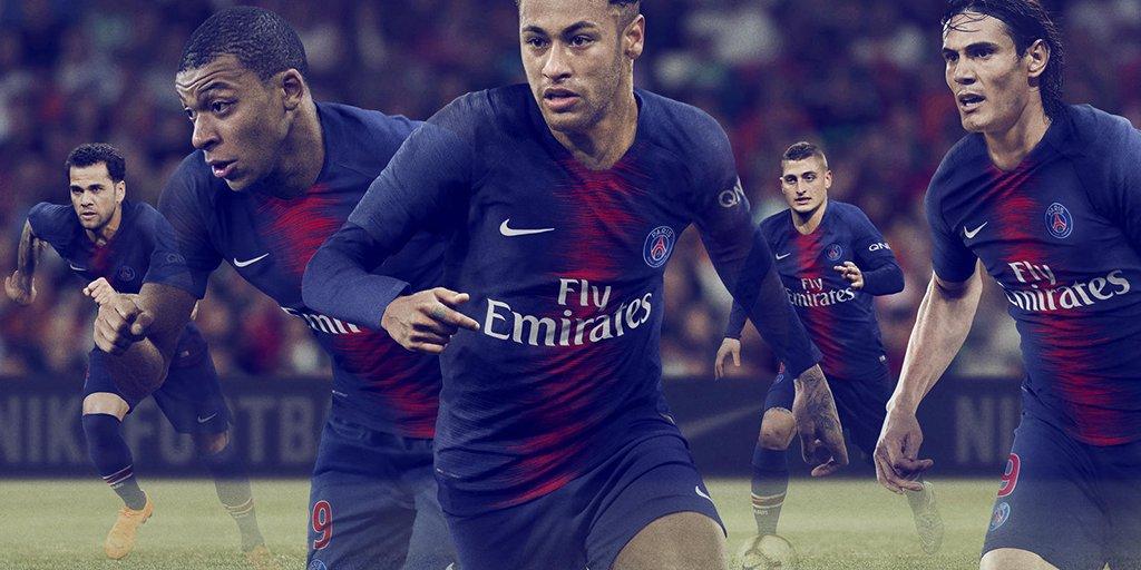 Nike dévoile le maillot domicile du PSG