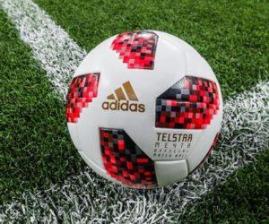 Découvrez Telstar Mechta, le ballon adidas qui sera utilisée dès les 1/8e de finale de la Coupe du Monde 2018