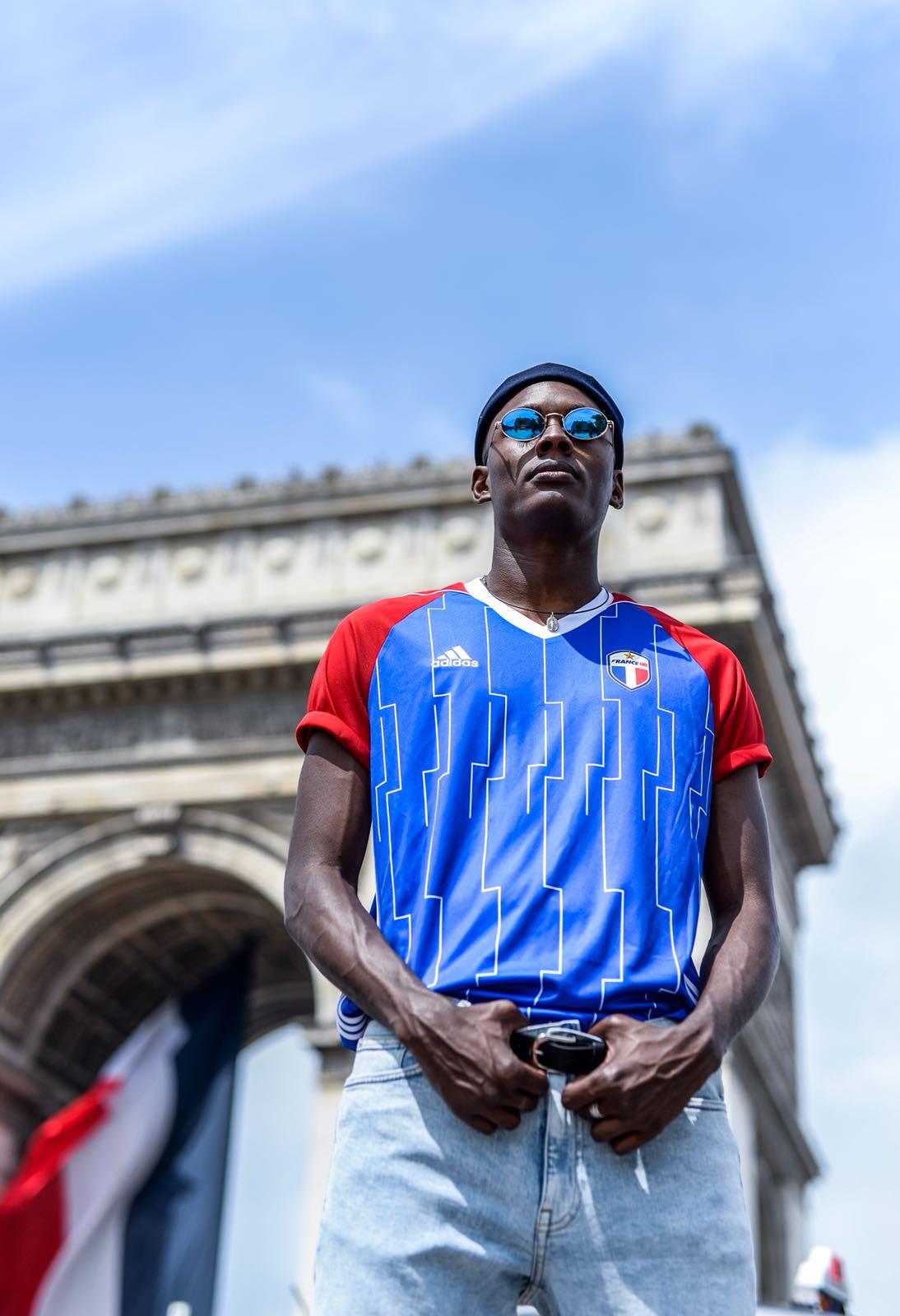 adidas dévoile un maillot spécial pour les Bleus de 98 et le