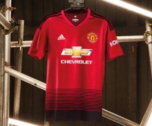 adidas célèbre les 140 ans de Manchester United avec un maillot domicile 2018-2019 «voie ferrée»