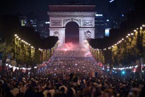Coupe du Monde 2018 – A quoi ressemblera le bus des Bleus pour le défilé officiel sur les Champs-Elysées ?