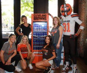NFL – Un frigo connecté offrira des bières Bud Light aux Fans des Cleveland Browns pour la prochaine victoire