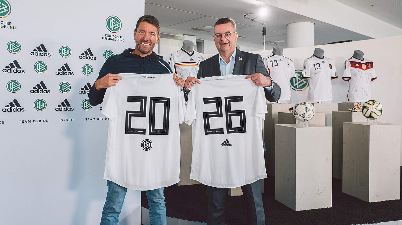 adidas prolonge avec la Mannschaft jusqu'au moins 2026