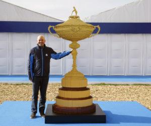 LEGO réalise une réplique du Trophée de la Ryder Cup d'un poids total de 88 kilos et 169 397 briques